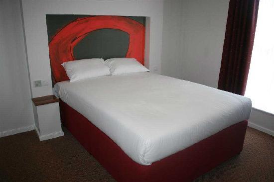 데이즈 호텔 런던 스탠스테드 M11