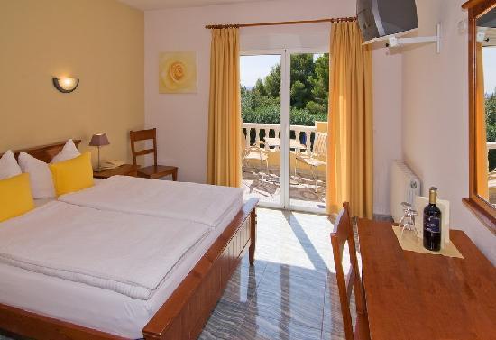Hotel Montemar: Zimmer - room - habitacion