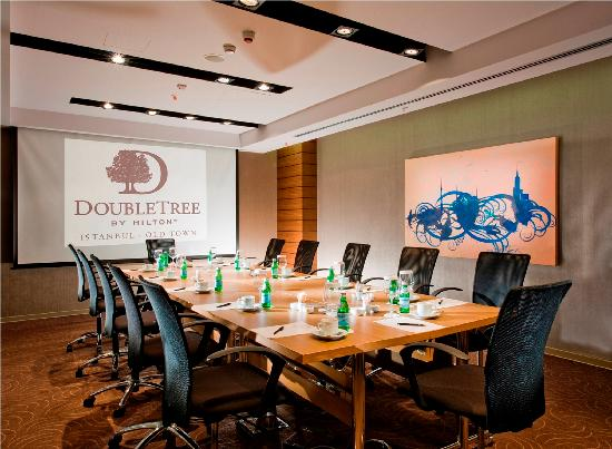 Doubletree by hilton istanbul old town 89 1 1 5 for Hotels in istanbul laleli