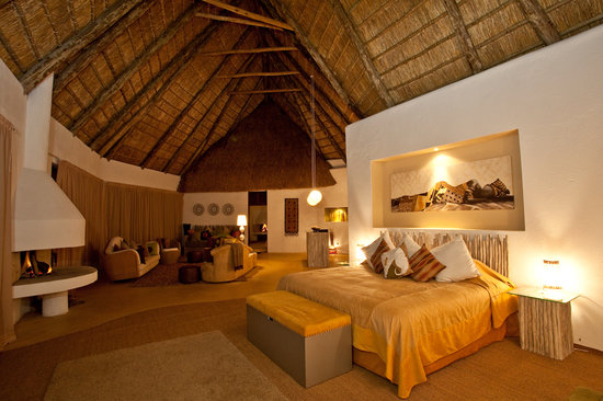 Laikipia County, Kenya: A bedroom at Solio Lodge