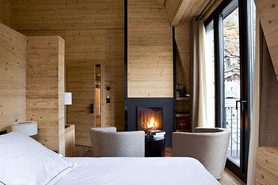 Unique Hotel Post: Loft mit Kamin / Loft room with fire place