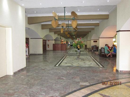 Plaza Hotel Curacao: Foyer
