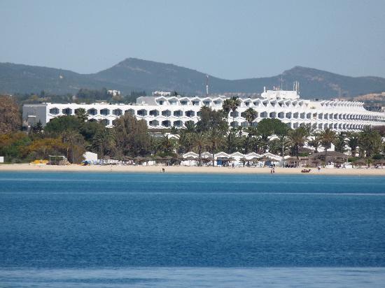 SENTIDO Phenicia: hotel from the pirate ship