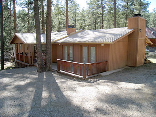 Casas of 4 Seasons: 'Swan's Place' - 4 Bed, 3 Bath Ruidoso Cabin