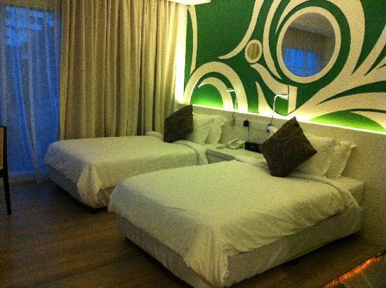 Batik Boutique Hotel: twin bed room