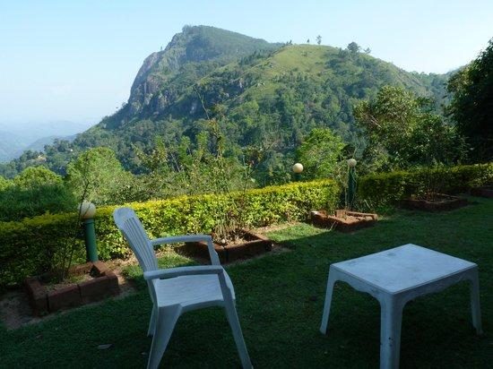 The Mountain Heavens : garden sitting area