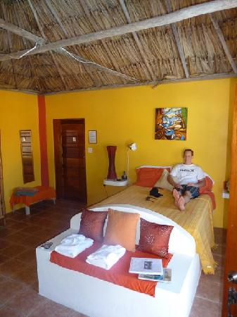 Seaside Cabanas: room 6