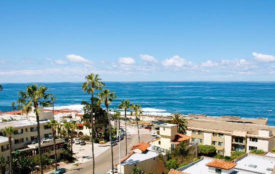Grande Colonial La Jolla: view outside our room