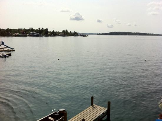 Hotel Bocas del Toro: embarcadero del hotel