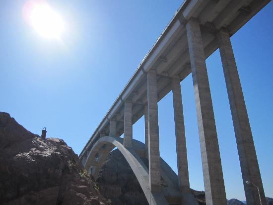 Guided Vegas Tours : Mike O' Callaghan - Pat Tillman Memorial Bridge