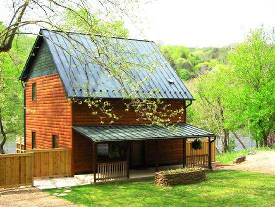 Alexander, NC: Riverview Retreat 2 bed/2 bath