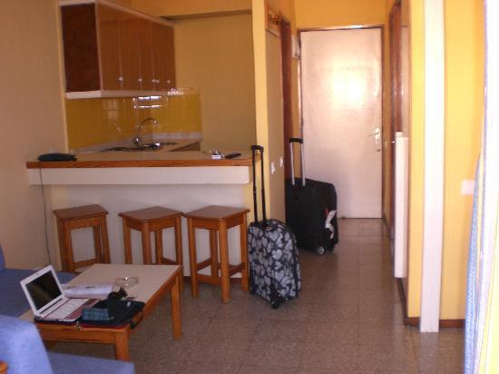 Roca Verde Apartments : Entrada