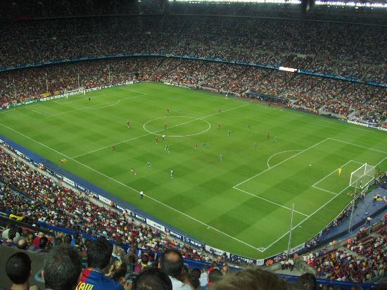 """Entrance to the Stadium - バルセロナ、カンプノウスタジアムの動画動画: """"Entrance to the Stadium"""""""