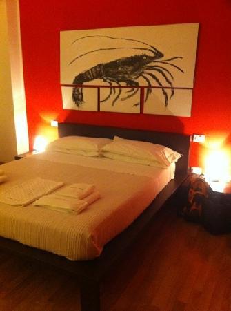 Fumbi: cool bedroom!