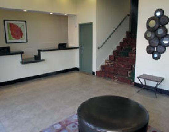 La Quinta Inn & Suites Brooklyn Downtown: hole