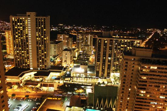 Aston Waikiki Beach Tower: Night view from balcony