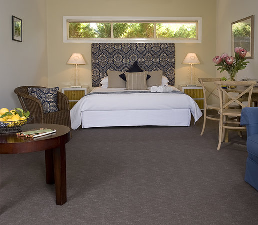 Pemberley Grange Hunter Valley Getaway: Blue Suite