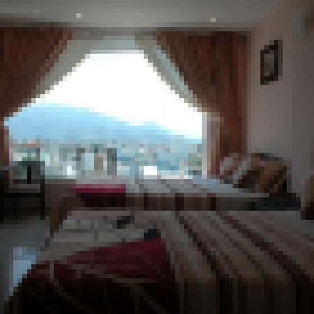 Phuong Nhung Hotel: Family Room