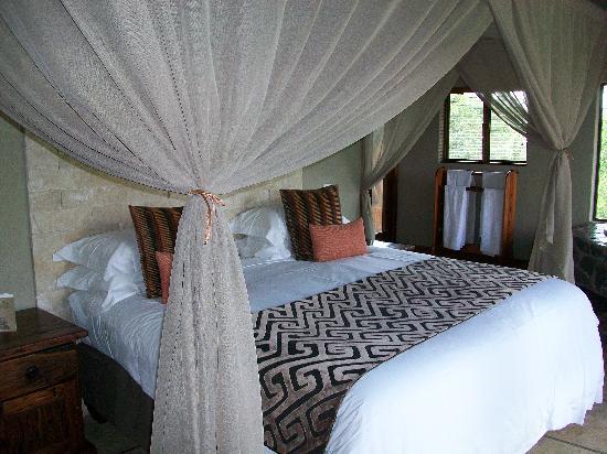 Arathusa Safari Lodge: Bed