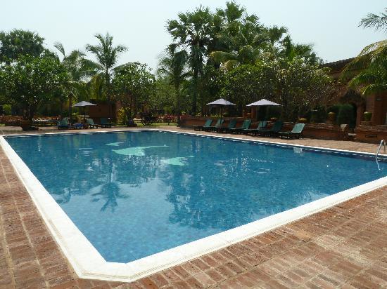 Amazing Bagan Resort: The swimming pool