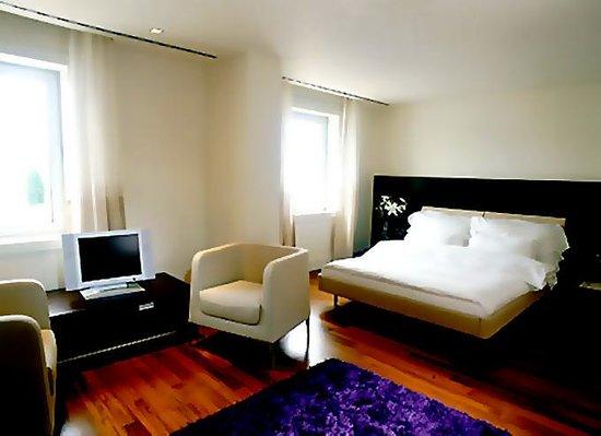 Lluvia Hotel Hanoi13