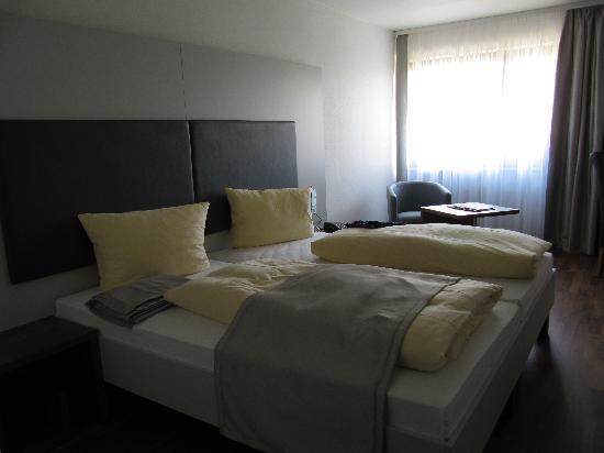Hotel Newton: Zimmer