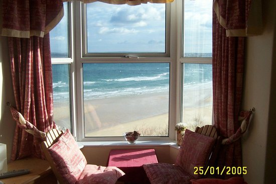 Carlyon Guest House: Our old rooms with the same beautiful views