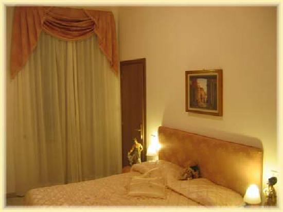 Emily House Bed & Breakfast: Le nostre stanze 3