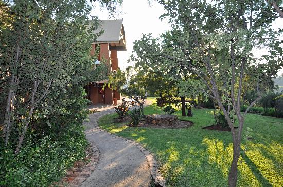 Thaba Eco Hotel: Garden view