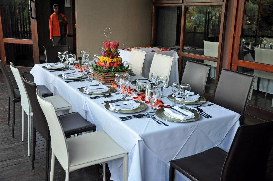 Thaba Eco Hotel: Our table