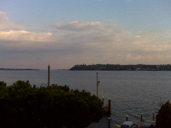 Hotel Spiaggia d'Oro - Charme & Boutique: vista serale dal mio balcone