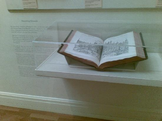 Süney Avustralya Sanat Galerisi: The Nuremburg Chronicle...do make the effort to read all the text