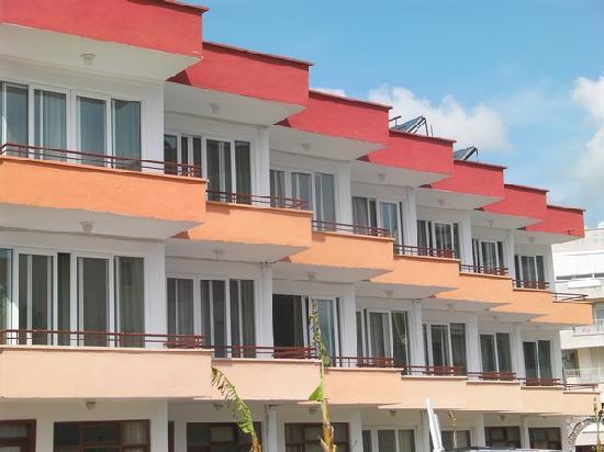 Unluselek Hotel : Hotel Aussenansicht
