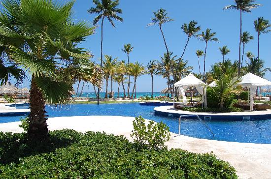 Iberostar Grand Hotel Bavaro: pool area