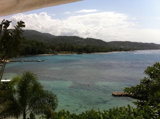 Round Hill Hotel & Villas : Ocean View Room