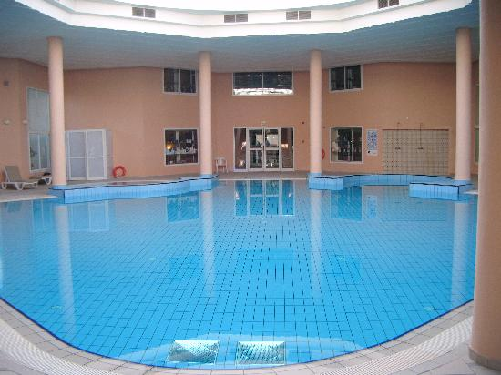 Piscine Intrieure  Photo De El Mouradi Gammarth Gammarth