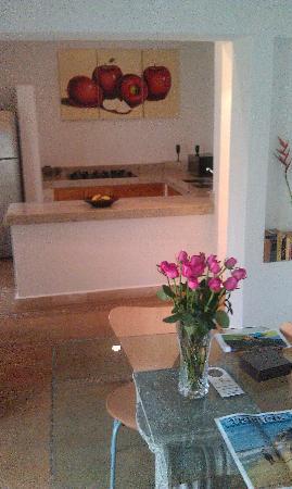 Hacienda Alemana: Dining and Kitchen in Junior Suite