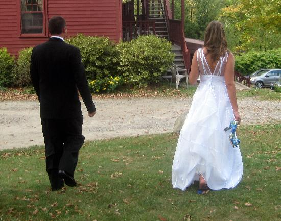 Litchfield, CT: Bride and Groom heading to main building