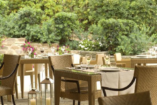 Hotel Residence Roccamare: Restaurant