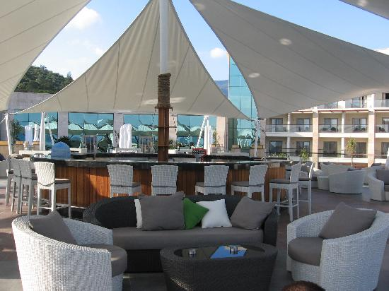 terrasse mit bar photo de paloma pasha resort ozdere tripadvisor. Black Bedroom Furniture Sets. Home Design Ideas