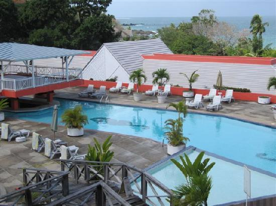 Black Rock, Tobago : The pool