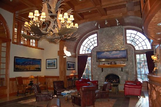Wyoming Inn of Jackson Hole: Wyoming Inn lobby
