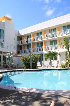 Hotel Urbano: pool area