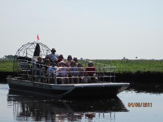 AirBoat Rides at Midway : A fellow airboater from the same company