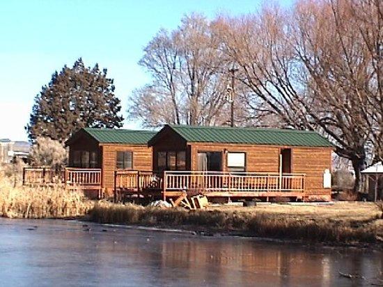 The Lodge at Summer Lake: Cabins on the Pond, Lodge at Summer Lake