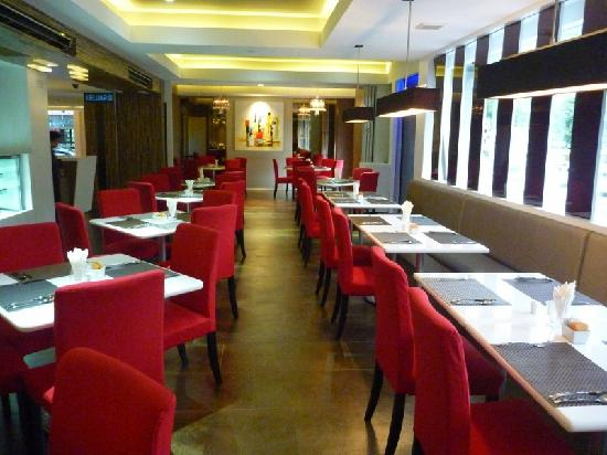 ذا بروني هوتل: restaurant