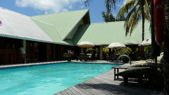 Indian Ocean Lodge: Resto et piscine