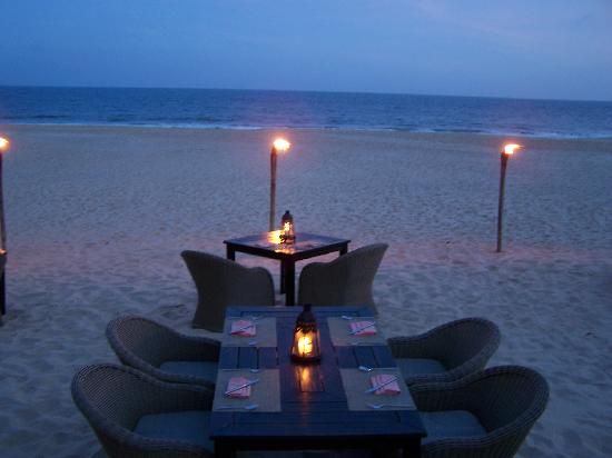 Anantara Mui Ne Resort: Dinner on the beach