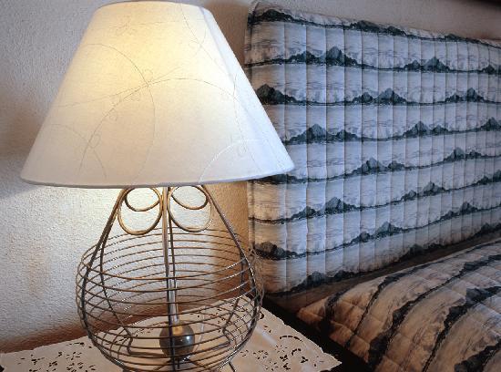 lampada - Photo de La Terrazza di Lilly, Santa Teresa di Gallura ...