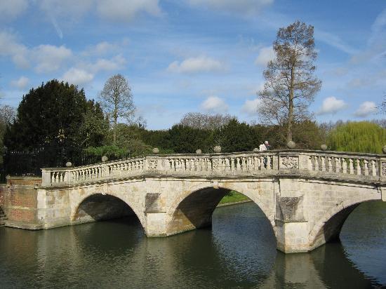 Clare College: Clare Bridge